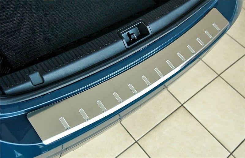 Накладка на задний бампер с загибом, зеркальная «5D» для HONDA Civic 9