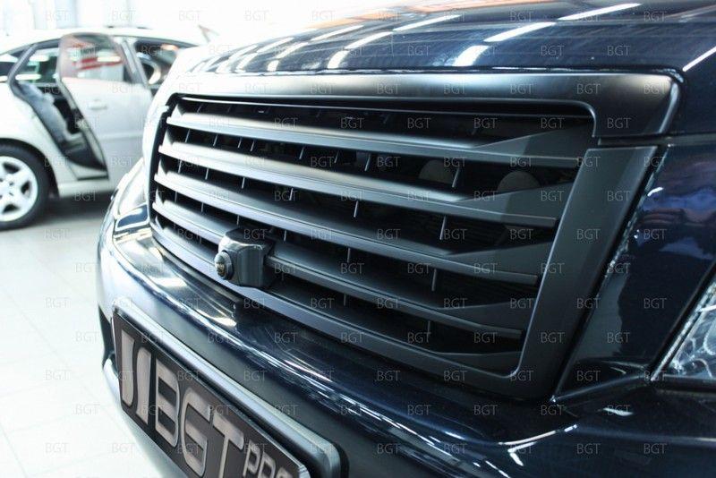 """Решетка радиатора для Toyota Land Cruiser Prado 150 """"Lexus Style"""" с штатным местом под камеру"""
